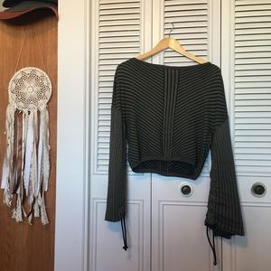 Sweaters - Noisy May Cropped Sweater